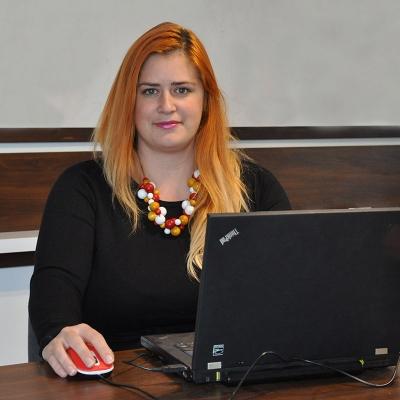 Mgr. Katarína Maková Bakošová