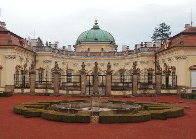 Tip na návštevu zámku, hradu, archeoskanzenu a rozhľadne