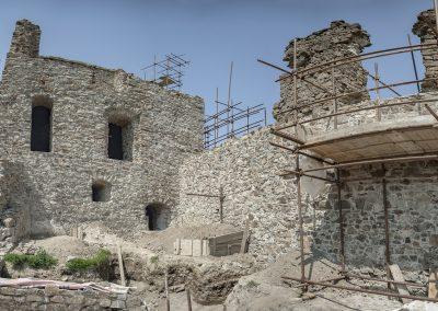Malé letné objavovanie – Obrazová vychádzka na hrad Revište