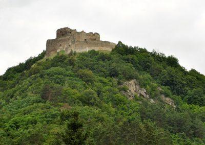 Na Kapušianskom hrade na Šariši