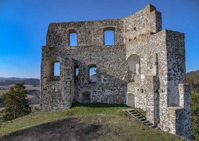 Malé jarné objavovanie – hrad Dobrá Niva