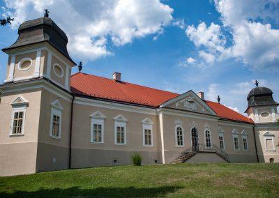 Malé letné objavovanie – Kaštieľ slávneho básnika v Dolnej Strehovej (Múzeum kultúry Maďarov na Slovensku v kaštieli Mádachovcov)