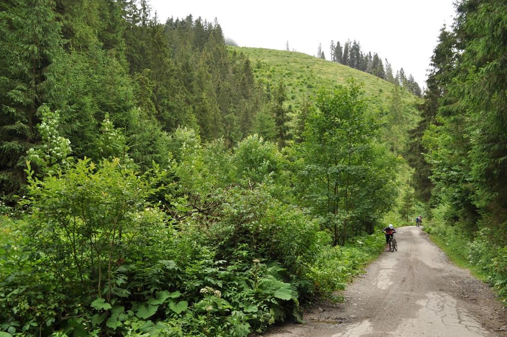 Na bicykloch Sestrčskou dolinou z Liptova na Oravu