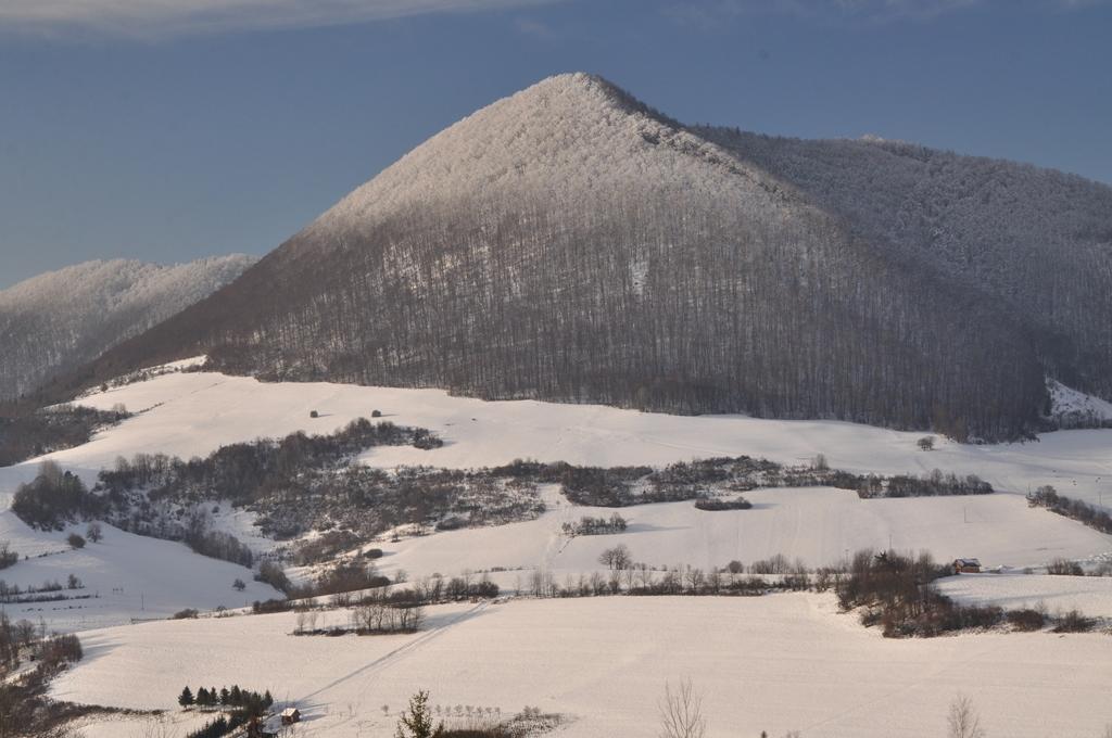 Na lopárovačke nad Vadičovskou dolinou