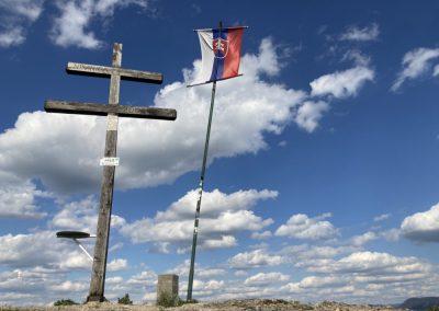 Malé jarné objavovanie – vrch Holíš